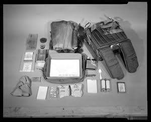 What's Inside US Army Survival Kit Hot Climate