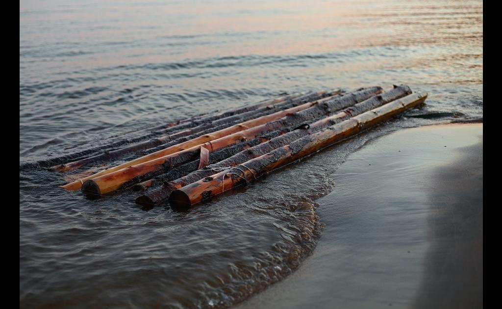 Survival Raft Water Crossing Survival